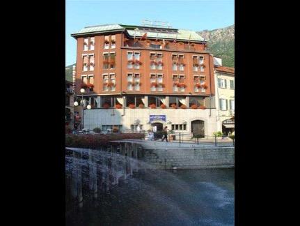 Hotel Croce Bianca 1